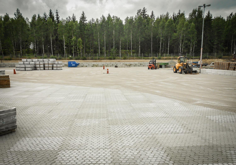 Marksten som beläggningsyta på återvinningsanläggning i Växjö